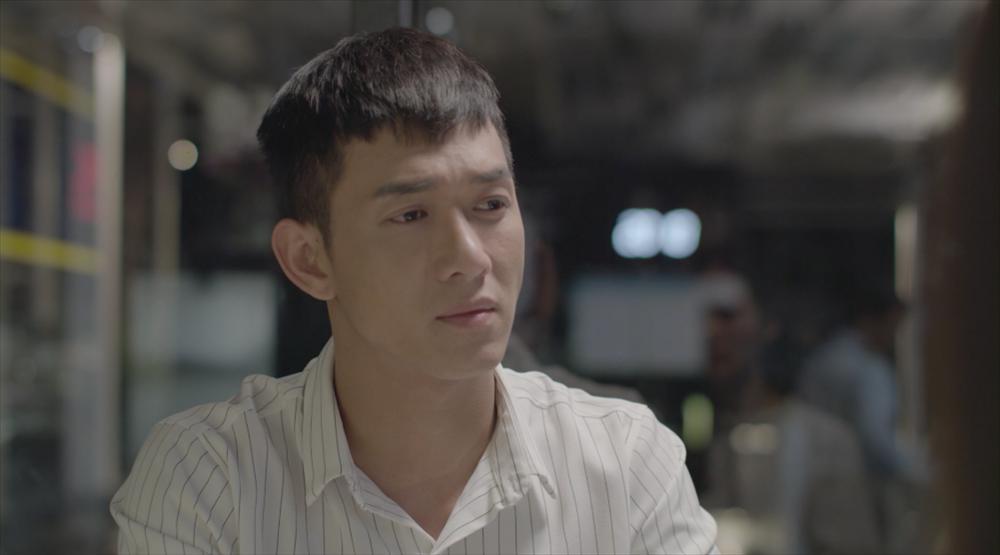 Hậu duệ mặt trời Việt Nam: Song Luân đốn tim Khả Ngân với màn xuất hiện cực ngầu ở sân bay-1