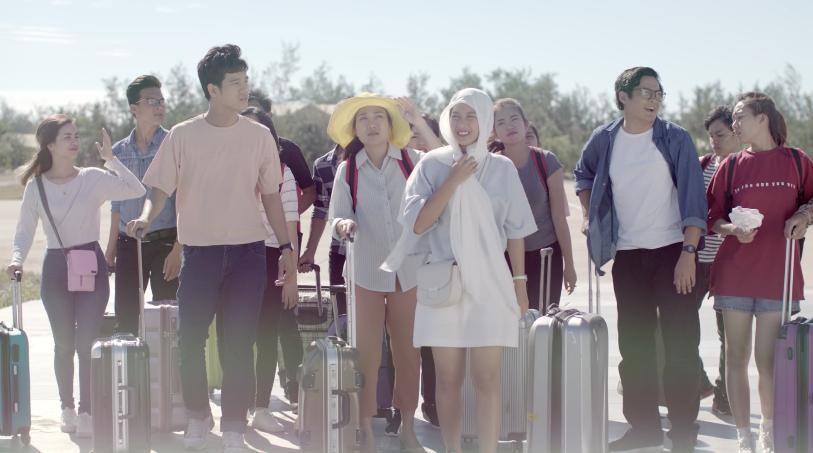Hậu duệ mặt trời Việt Nam: Song Luân đốn tim Khả Ngân với màn xuất hiện cực ngầu ở sân bay-3