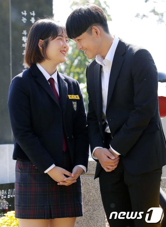 Kỷ niệm 10 năm ngày Choi Jin Sil tự tử: Hai con đã trưởng thành và bước qua nỗi đau mất mẹ-1
