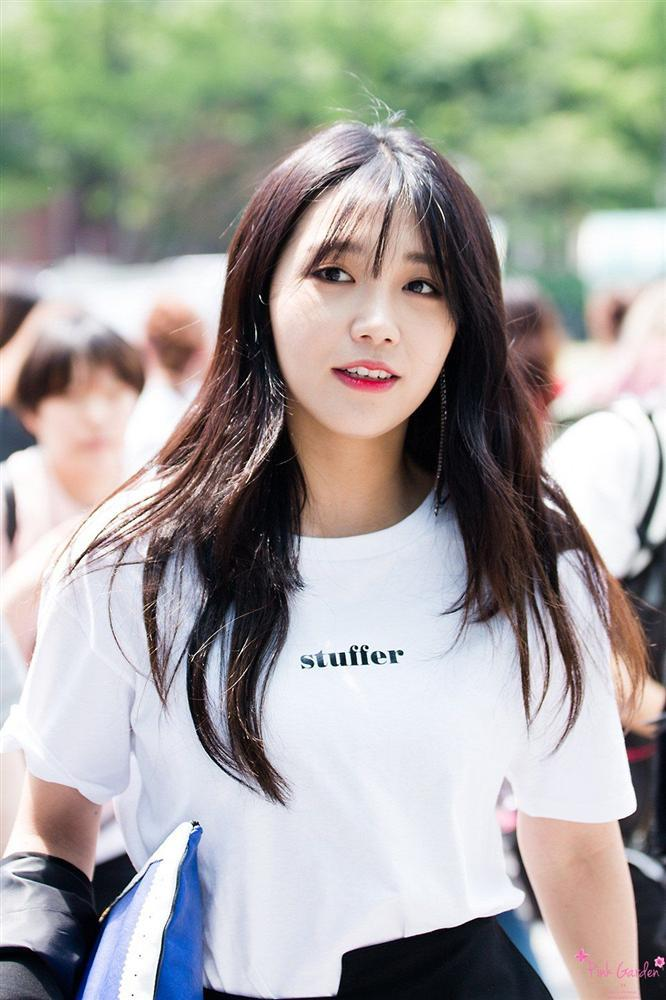 Sau 10 tháng nghỉ sinh con, mợ chảnh Jeon ji Hyun khoe vóc dáng hoàn hảo cùng nhan sắc đẹp không tì vết-7
