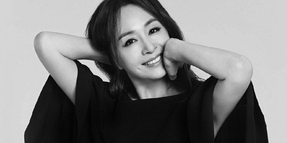 Sau 10 tháng nghỉ sinh con, mợ chảnh Jeon ji Hyun khoe vóc dáng hoàn hảo cùng nhan sắc đẹp không tì vết-9