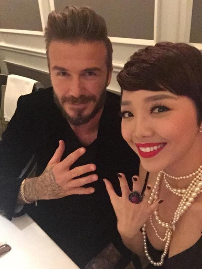 Mỹ nhân Việt nào sở hữu nhan sắc xứng đôi nhất khi chụp hình cùng cựu danh thủ David Beckham?-5