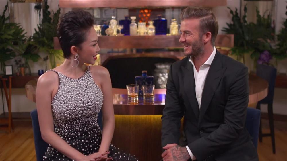 Mỹ nhân Việt nào sở hữu nhan sắc xứng đôi nhất khi chụp hình cùng cựu danh thủ David Beckham?-9