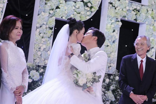 Hari Won, Trấn Thành và bài học để đời cho vợ chồng Trường Giang - Nhã Phương-2