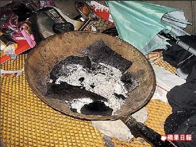 SỐC: Đạo diễn Đài Loan tự sát bằng khí than trong phòng kín-2