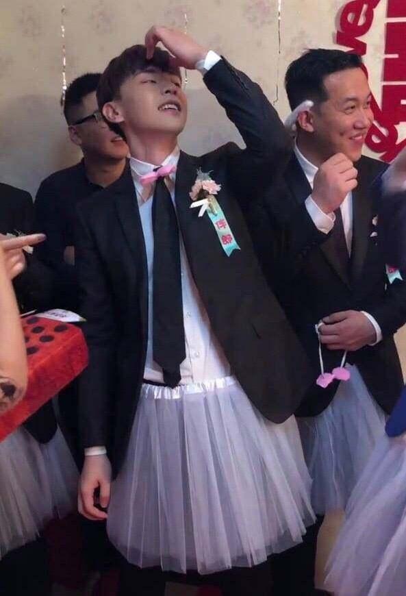 Dàn mỹ nam Hoa ngữ làm phù rể: Người make-up đẹp trai ngời ngời, người mặc váy sẵn sàng quẩy banh nóc-5