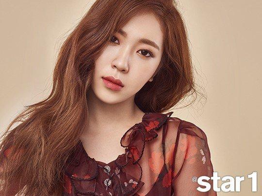 Suzy gây sốt với vẻ đẹp mơ màng chuẩn tình đầu quốc dân-5