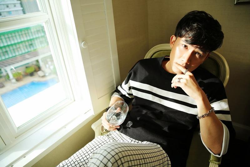Văn Mai Hương mất 6 năm để đủ cảm xúc hát về hôn nhân tan vỡ, Chí Thiện trở lại với ballad-7