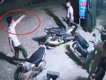 Rút súng bắn vợ giữa chung cư ở Hà Nội: Khám nhà nghi phạm-5