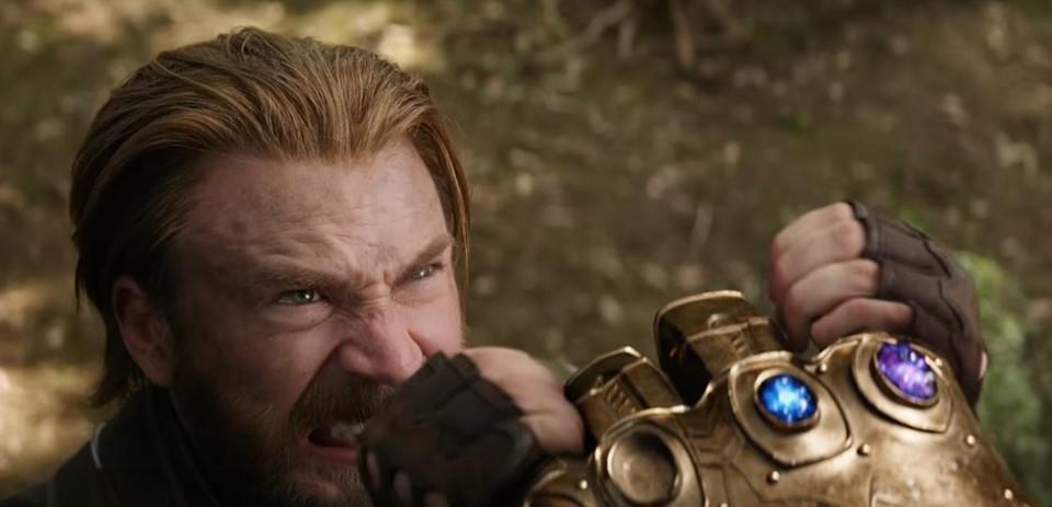 13 khoảnh khắc đáng nhớ nhất của Captain America Chris Evans ở MCU-14