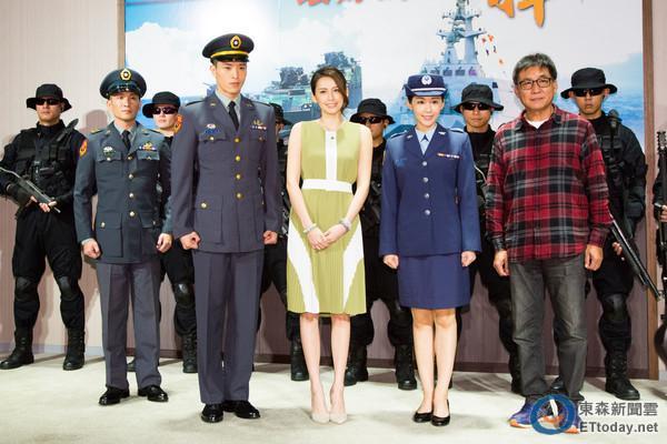 Nhan sắc nữ chính 3 phiên bản Hậu duệ mặt trời: Khả Ngân lép vế trước Song Hye Kyo và siêu mẫu xứ Đài-7