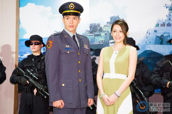 Nhan sắc nữ chính 3 phiên bản Hậu duệ mặt trời: Khả Ngân lép vế trước Song Hye Kyo và siêu mẫu xứ Đài-8
