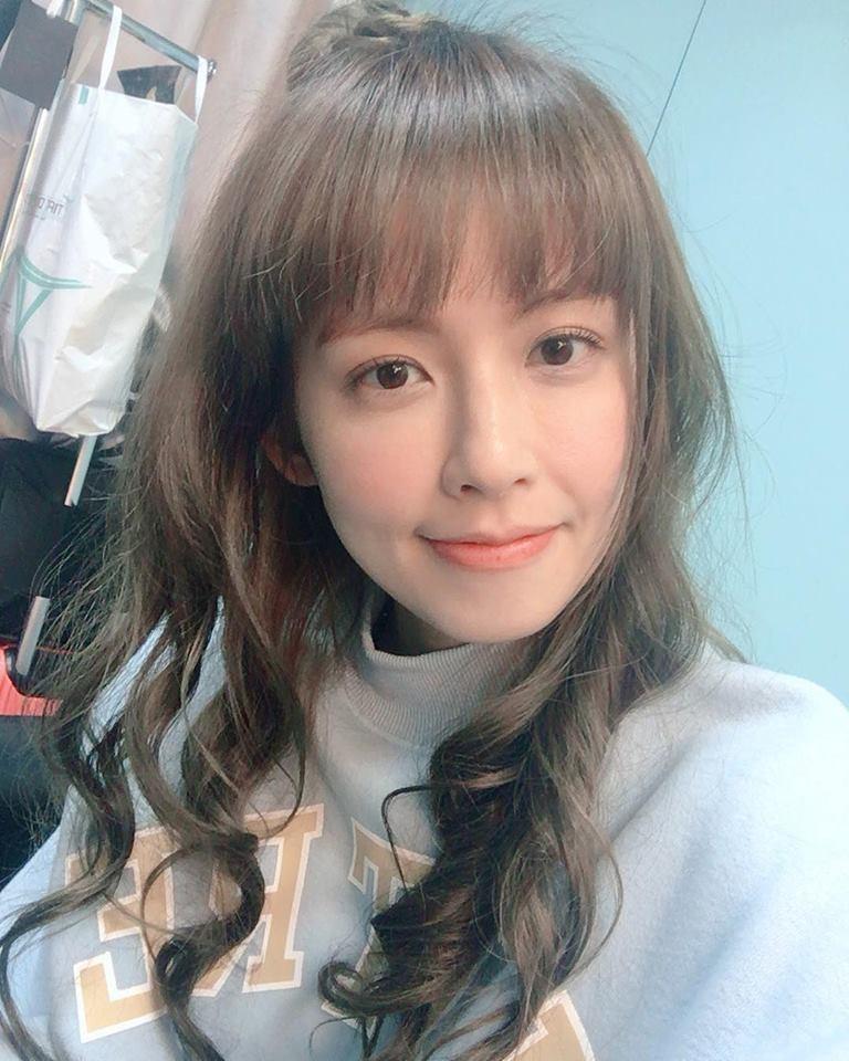 Nhan sắc nữ chính 3 phiên bản Hậu duệ mặt trời: Khả Ngân lép vế trước Song Hye Kyo và siêu mẫu xứ Đài-12