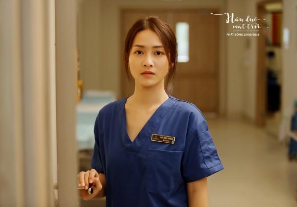 Nhan sắc nữ chính 3 phiên bản Hậu duệ mặt trời: Khả Ngân lép vế trước Song Hye Kyo và siêu mẫu xứ Đài-14