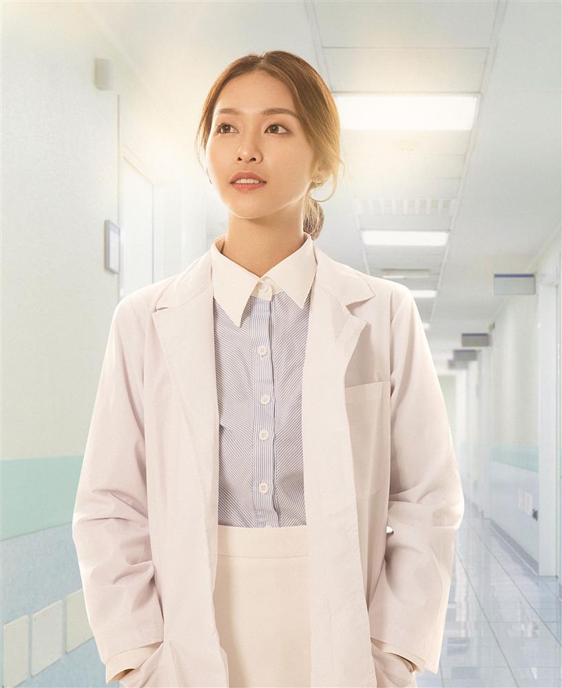 Nhan sắc nữ chính 3 phiên bản Hậu duệ mặt trời: Khả Ngân lép vế trước Song Hye Kyo và siêu mẫu xứ Đài-13