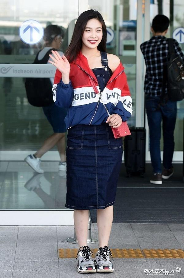 BTS, Joy và loạt sao Hàn gợi ý phong cách thời trang sân bay ấn tượng cho mùa thu-1