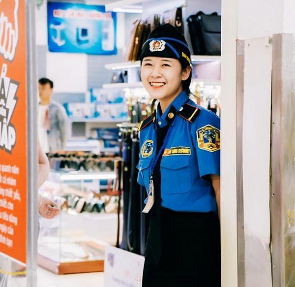 Nữ bảo vệ xinh đẹp ở Nghệ An sợ hãi khi bị đăng ảnh lên mạng-1