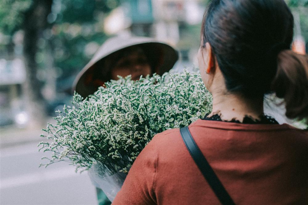 Khoảnh khắc yên bình trong tiết thu Hà Nội ngày cuối tuần-2