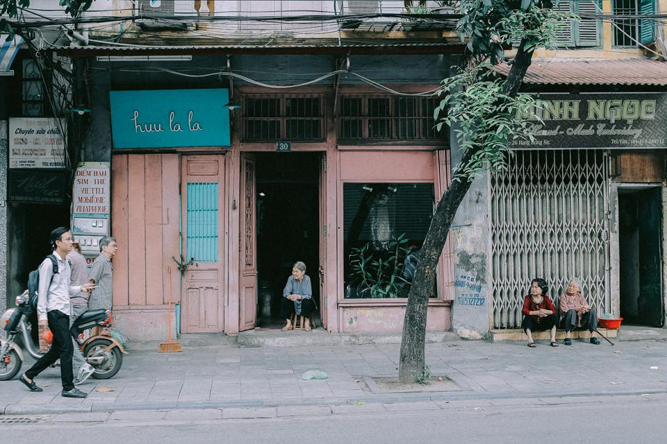 Khoảnh khắc yên bình trong tiết thu Hà Nội ngày cuối tuần-6