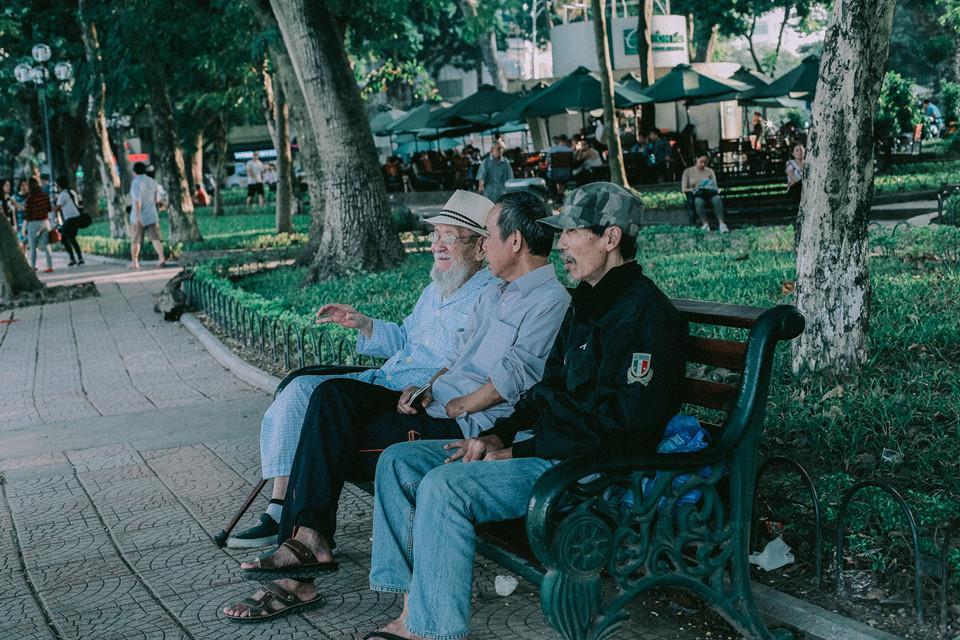 Khoảnh khắc yên bình trong tiết thu Hà Nội ngày cuối tuần-8