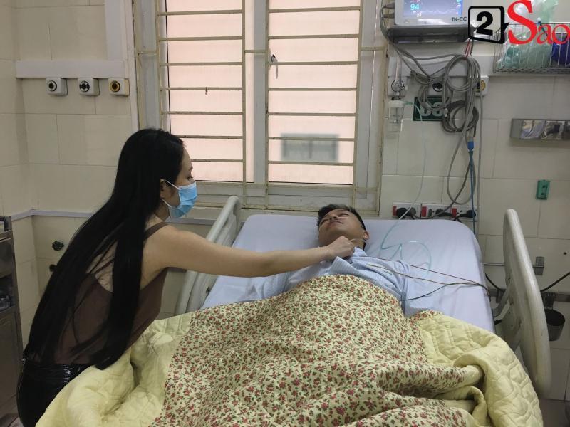 Tuấn Hưng nhập viện phải thở oxy sau sự cố bị hủy show ngay trước giờ diễn-2