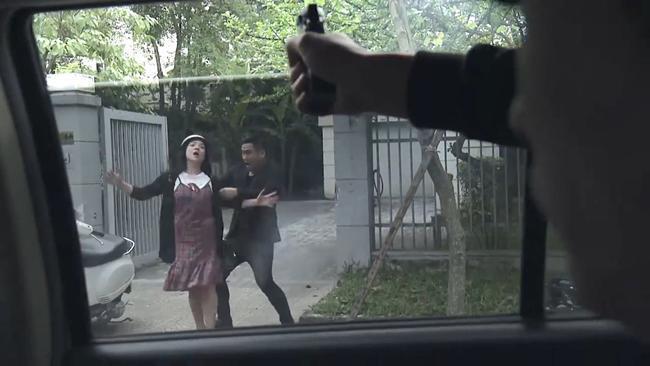 Tai nạn trên phim trường Quỳnh Búp Bê: Thái tử Thiên Thai bắn nhầm quay phim-2
