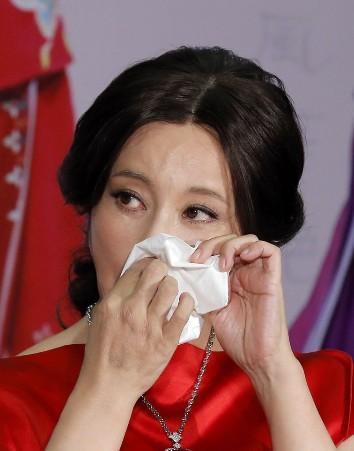 Nổi tiếng với vai Võ Mỵ Nương, 3 đại mỹ nhân lẫy lừng người trốn thuế khốn đốn, kẻ cay đắng đường tình-5