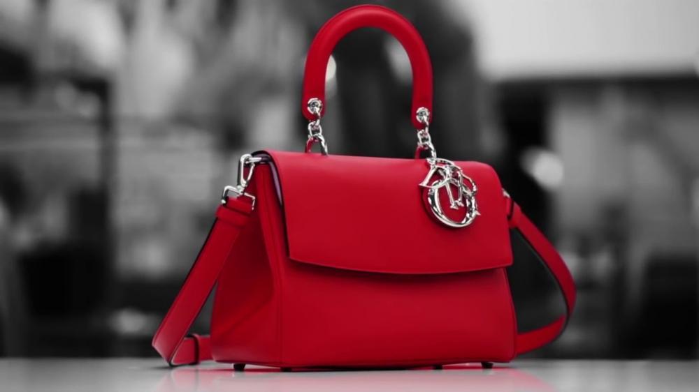 Tận mắt ngắm quy trình sản xuất chiếc túi Dior ngàn đô lừng danh - ảnh 1