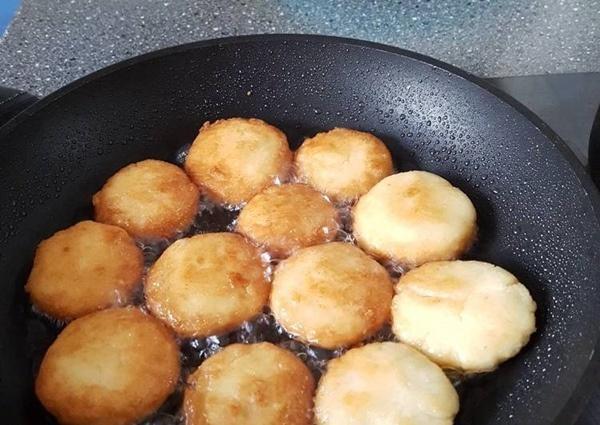 7 mẹo rán cá, đậu và mọi thức ăn không bắn dầu lại vàng giòn, không sát chảo-2