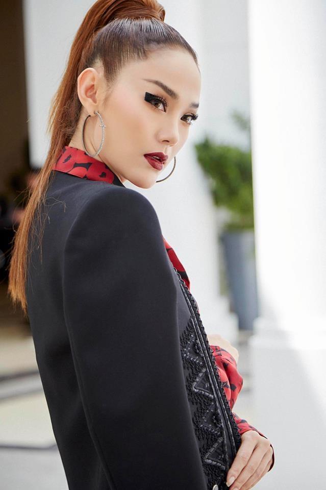 Những màn hát live dở tệ liên tục bị đào mộ khi Minh Hằng trở thành đại diện Việt Nam tham dự MTV EMA-2