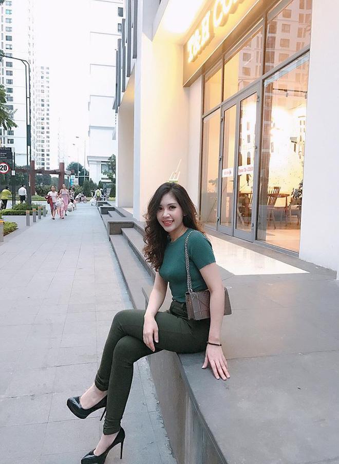 Chân dung cô em gái xinh đẹp, giỏi giang lấn lướt Hoa hậu nhà giàu Jolie Nguyễn-7