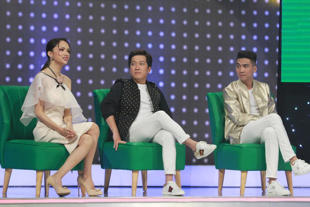 Hoa hậu Việt đăng quang năm 2018: Người phủ sóng truyền thông, kẻ lặn mất tăm khỏi showbiz-3