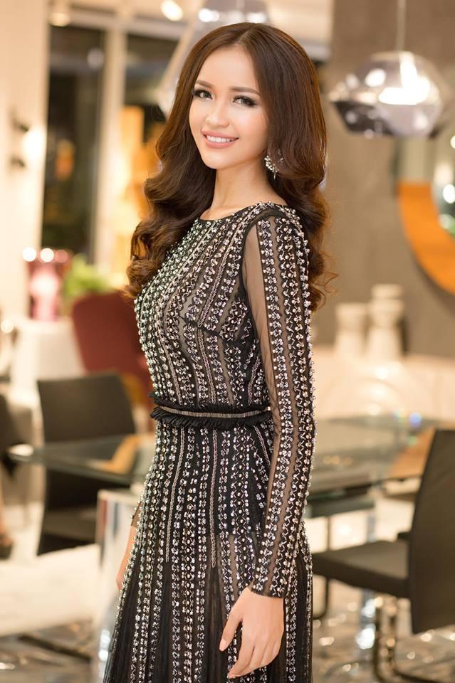 Hoa hậu Việt đăng quang năm 2018: Người phủ sóng truyền thông, kẻ lặn mất tăm khỏi showbiz-12