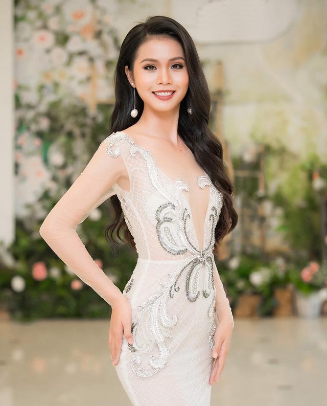 Hoa hậu Việt đăng quang năm 2018: Người phủ sóng truyền thông, kẻ lặn mất tăm khỏi showbiz-15