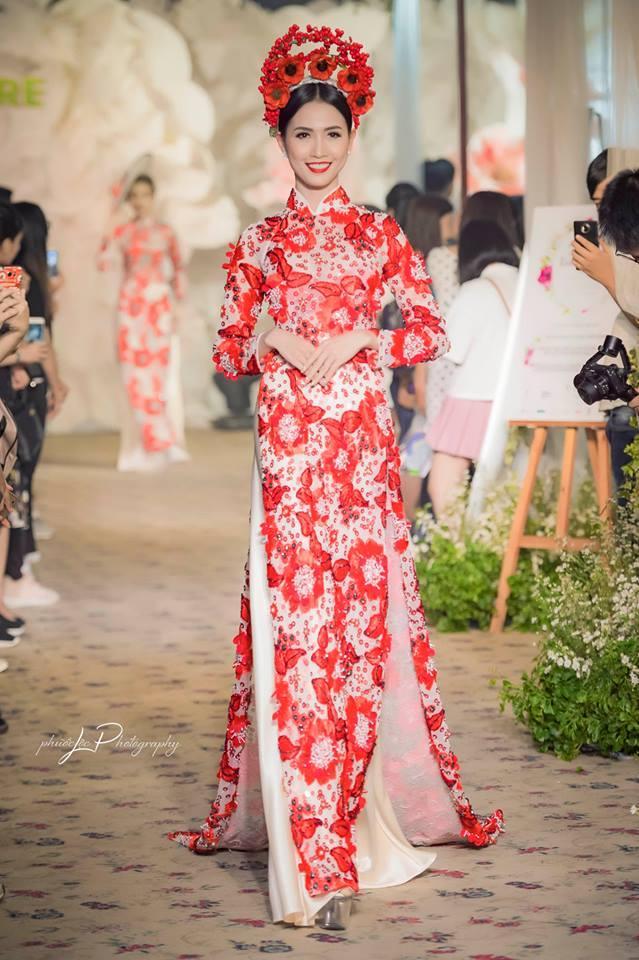 Hoa hậu Việt đăng quang năm 2018: Người phủ sóng truyền thông, kẻ lặn mất tăm khỏi showbiz-18