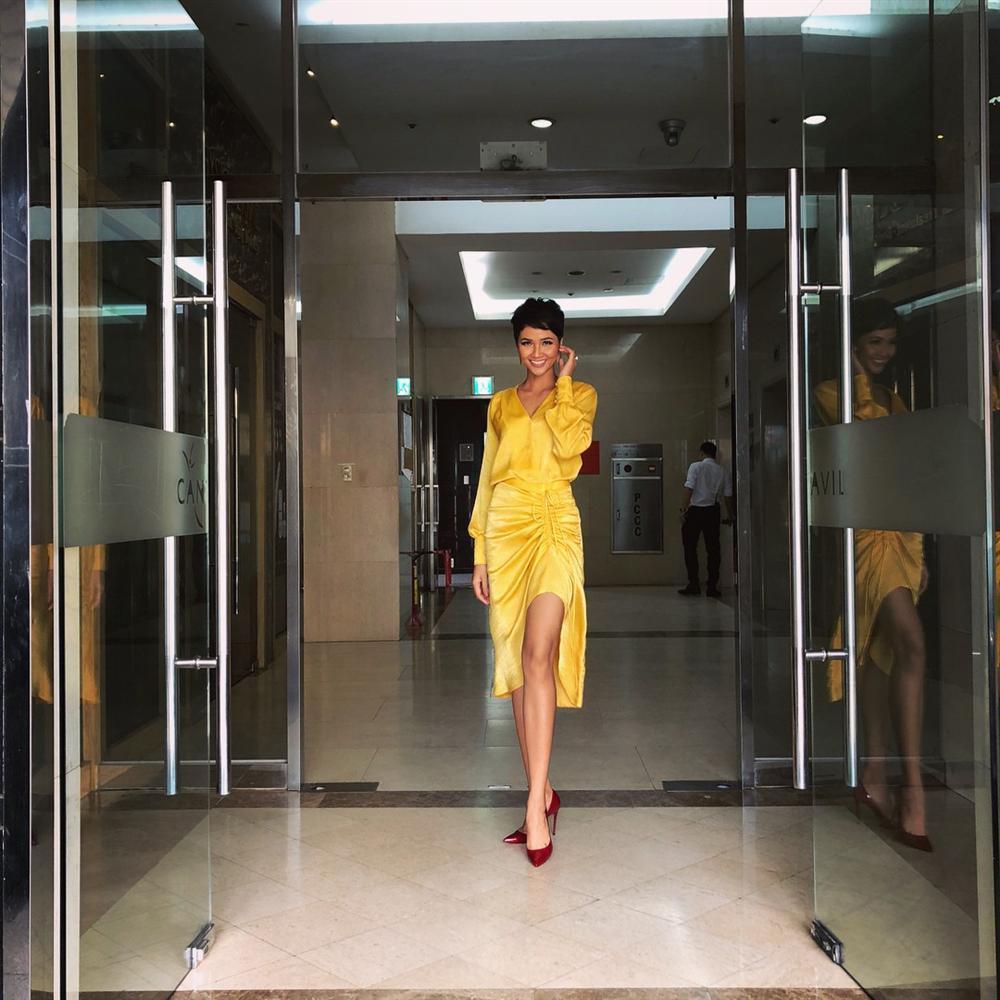 HHen Niê - Bảo Anh - Ái Phương mặc chung mẫu váy nhưng vẻ đẹp 3 người lại chẳng ai chịu thua kém ai - ảnh 1