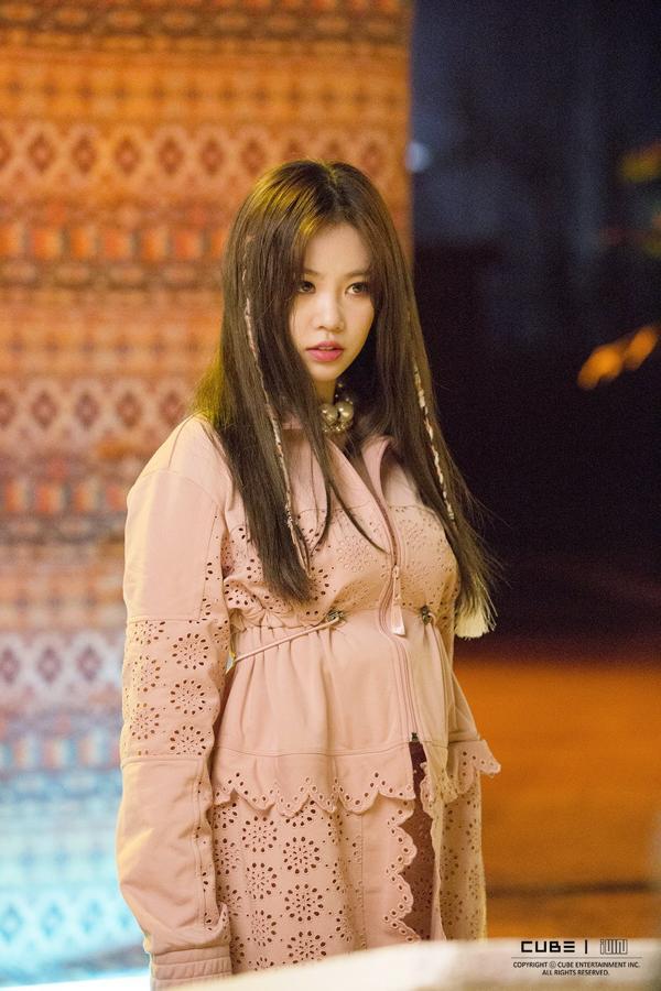 Mất đi Hyuna, nữ thần tượng nào sẽ được Cube chọn làm người kế thừa?-5