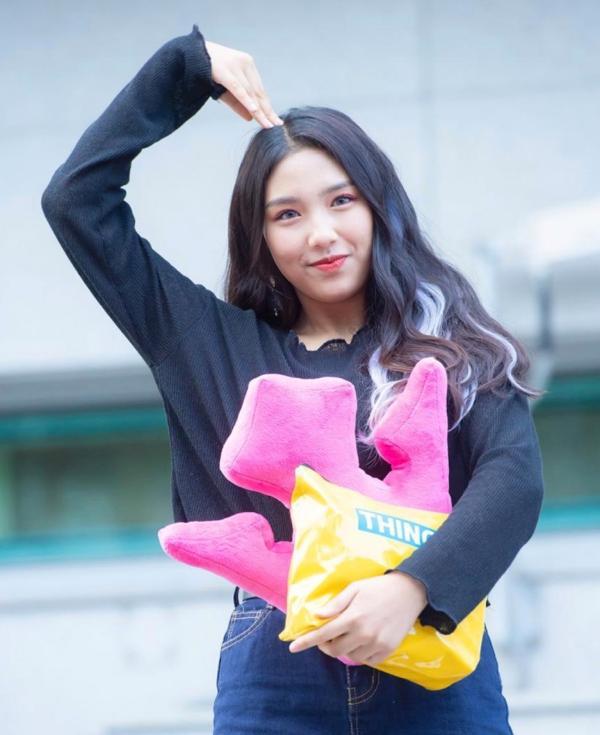 Mất đi Hyuna, nữ thần tượng nào sẽ được Cube chọn làm người kế thừa?-9