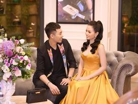 Stylist Hoàng Ku gây sốt với khoảnh khắc nhìn Tâm Tít đắm đuối, thú nhận từng mê hotgirl 8X