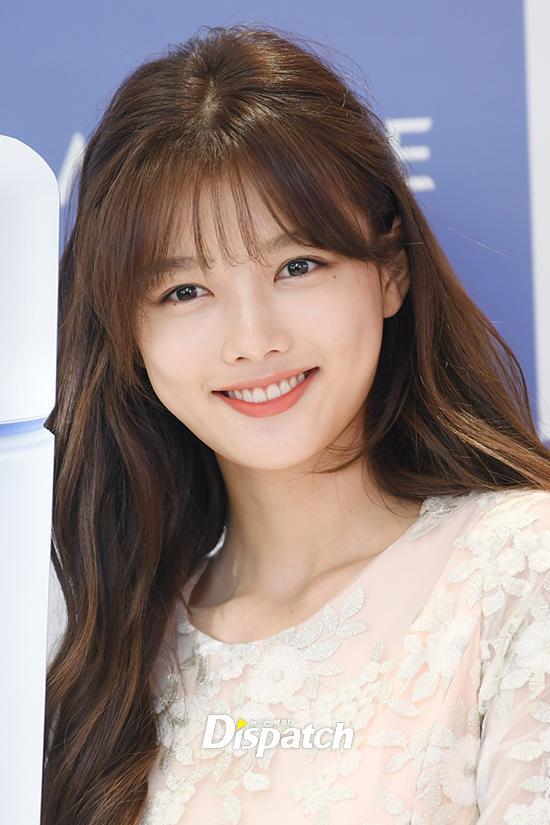 Trở lại sau thời gian dài trị bệnh, Kim Yoo Jung ngày càng xinh đẹp, rạng rỡ-1