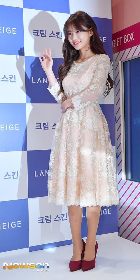 Trở lại sau thời gian dài trị bệnh, Kim Yoo Jung ngày càng xinh đẹp, rạng rỡ-2