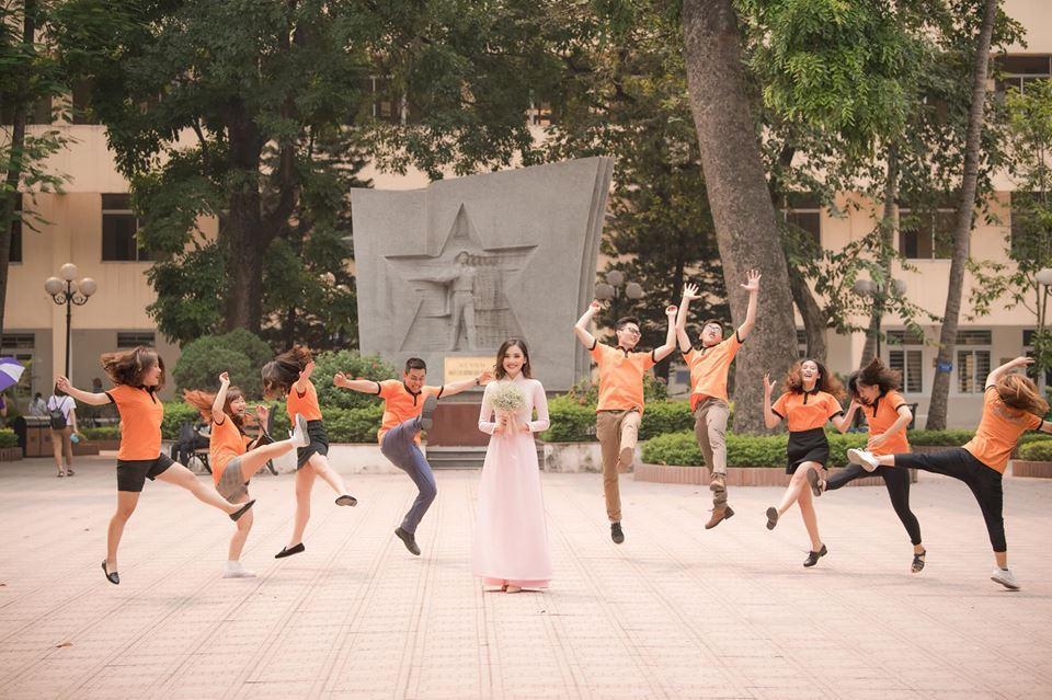 Top 10 Hoa hậu Việt Nam Trần Tố Như rạng rỡ bên ông xã hot boy ngày ra trường-5