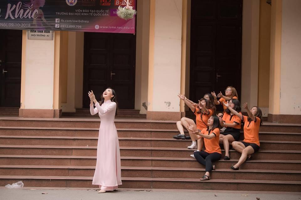 Top 10 Hoa hậu Việt Nam Trần Tố Như rạng rỡ bên ông xã hot boy ngày ra trường-9