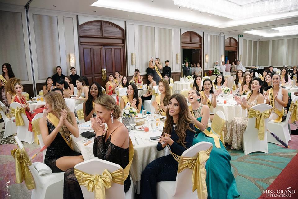 Giỏi nhảy nhưng lại bị bắt hát, Bùi Phương Nga vẫn tự tin cầm mic bất chấp nốt cao chênh vênh tại Miss Grand 2018-7