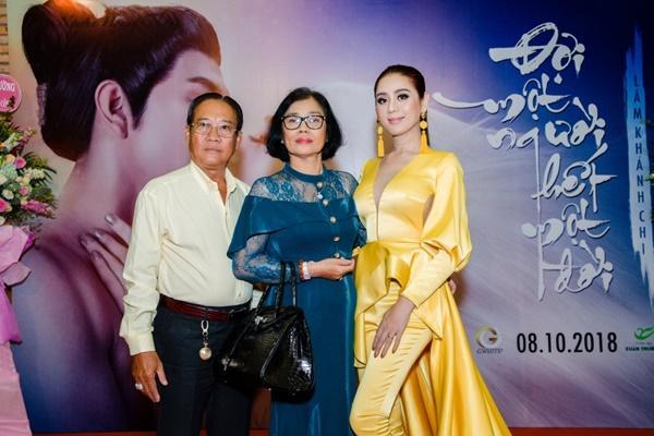 Bố mẹ Lâm Khánh Chi chi nửa tỷ cho con gái làm phim ca nhạc cổ trang-3