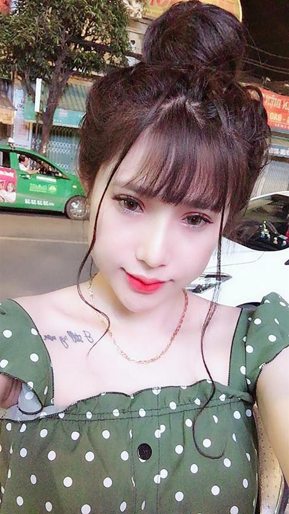 Bất ngờ với nhan sắc của cô gái Khmer sau khi nhấn mí, sửa mũi, cắt môi, tắm trắng-4