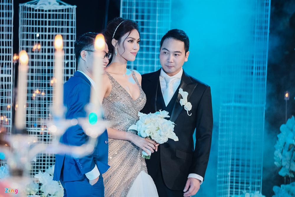 Khoe khoảnh khắc ngọt ngào sau cưới, ông xã Lan Khuê thủ thỉ lời yêu thơm hơn mật-1