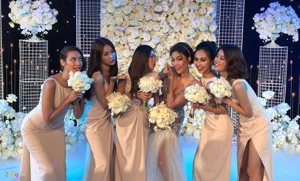 Khoe khoảnh khắc ngọt ngào sau cưới, ông xã Lan Khuê thủ thỉ lời yêu thơm hơn mật-7