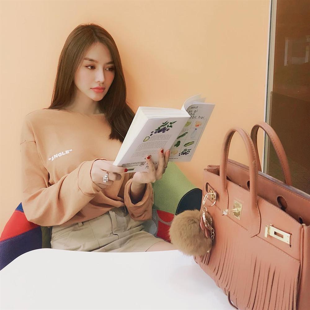 Hoa hậu Đặng Thu Thảo gây thương nhớ với nhan sắc em chưa 18-6