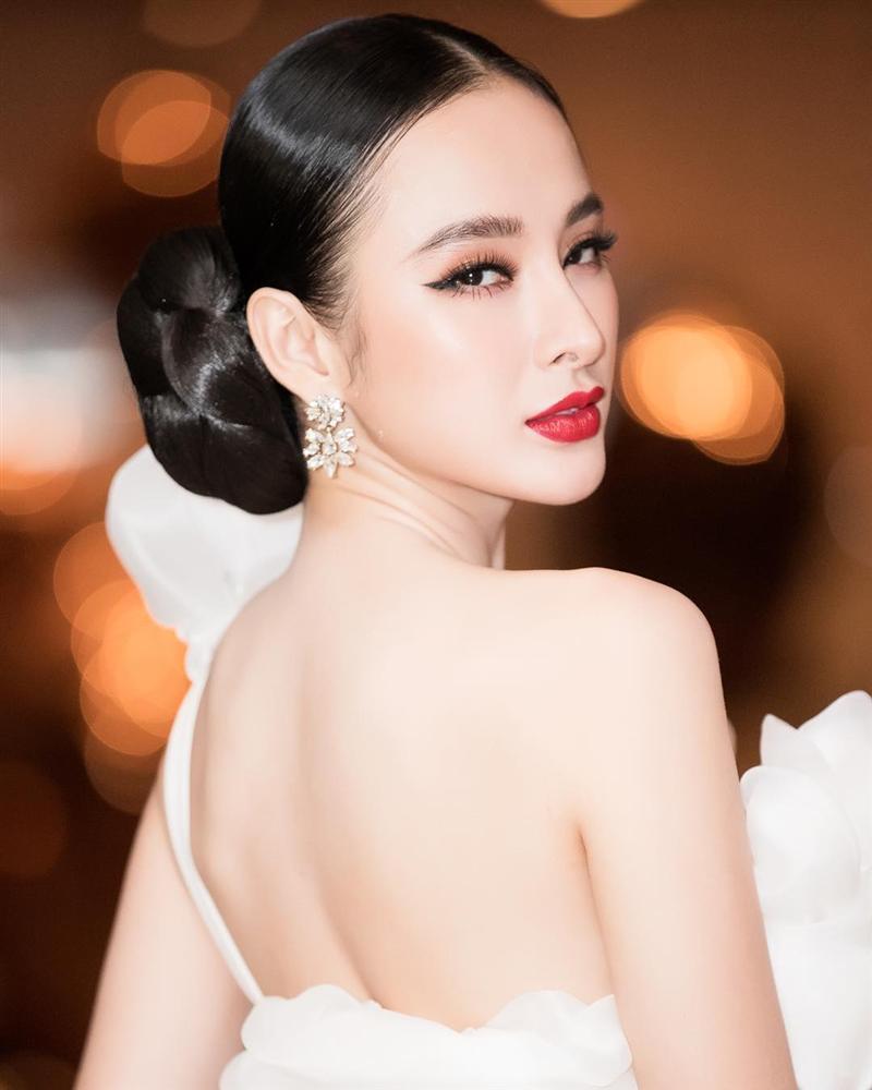 SAO MAKE OVER: Mai Ngô trang điểm như quên đánh son - Việt Hương make up trẻ ra đến chục tuổi-9